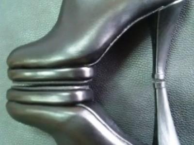 Ботинки женские 1104